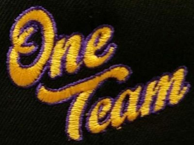 The official logo of One Team Basketball